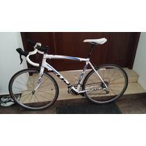 Bicicleta De Ruta Fuji Sportif 1.3 Con Rines Mavic Syrium