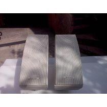 Bose 302a Par De Bocinas Usadas En Su Caja Y Manual Vendo