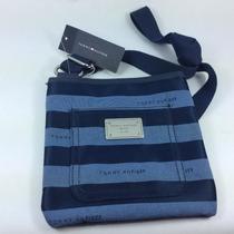 Bolsa Cruzada Azul Marino Con Rayas Tommy Hilfiger Para Dama