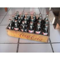 Reja De Madera Con 24 Botellas De Coca Cola De Navidad 1994