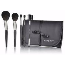 Colección De Brochas Mary Kay Al 40% De Descuento