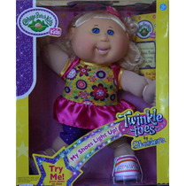 Cabbage Patch Muñeca Y Tenis Skechers Con Luces Twinkle Toes