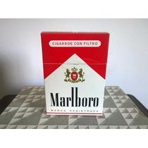 Caja Con 10 Cajetillas De Cigarros Marlboro Uso Decorativo