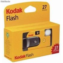 Camara Fotografica Kodak 35mm Desechable 27 Fotos,flash Bbf