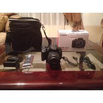 Canon 700d / T5i. Con Lente 18 - 55mm.