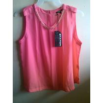 Blusa Color Coral Con Collar Decorativo