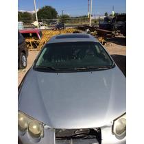 2000 Chrysler 300m Cofre