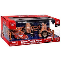 Parques Disney Cars Land Tractor Tipping Playset Con Mater A