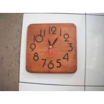 Reloj De Pared En Madera De Coca Cola De 30cm X 30cm Cuarzo
