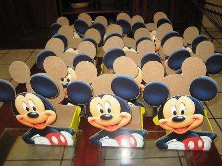 Centros de mesa de mickey mouse para cumplea os imagui for Mesa de cumpleanos de mickey