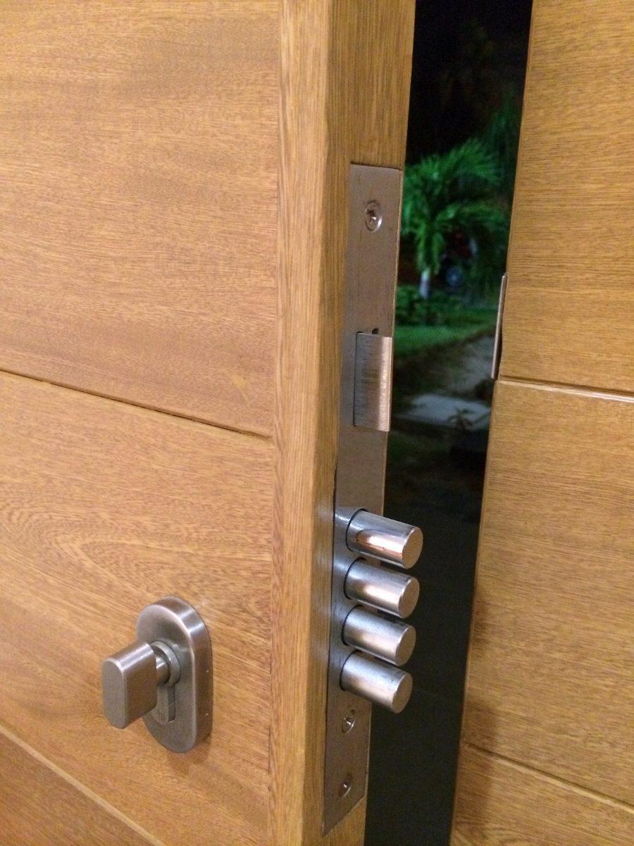 Cerradura para puerta de m xima seguridad 4 pasadores for Cerradura para puerta de bano