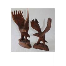 Escultura De Aguila Posada