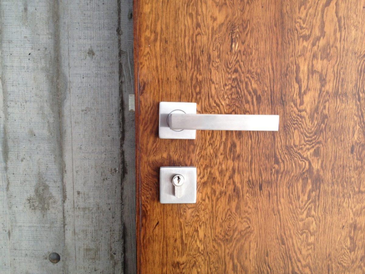 Puertas De Baño Modernas:Chapa Cuadrada Recamara Baño Puerta Principal Mazcomer – $ 72000 en