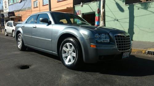 Chrysler 300c V6 2007