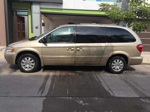Chrysler Town & Country 5p Aut Limited 2006