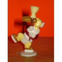 Figura Conejo Winnie Pooh Disney Mickey Mouse Muñeco