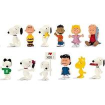 Schleich Peanuts Set - 12 Estilos: Incluye Snoopy Joe Cool C