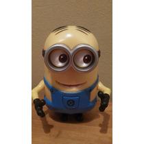 Minion Con Movimiento Universal Studios 12 Cm