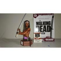 Figura De Colección The Walking Dead: Michonne