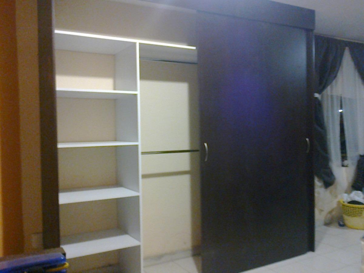 Casa residencial familiar instalacion de puertas - Como hacer puertas correderas ...