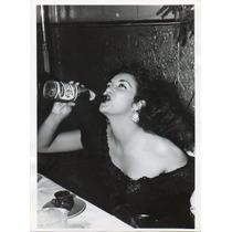 Fotografía De Prensa Katy Jurado Bebiendo Una Pepsi Cola