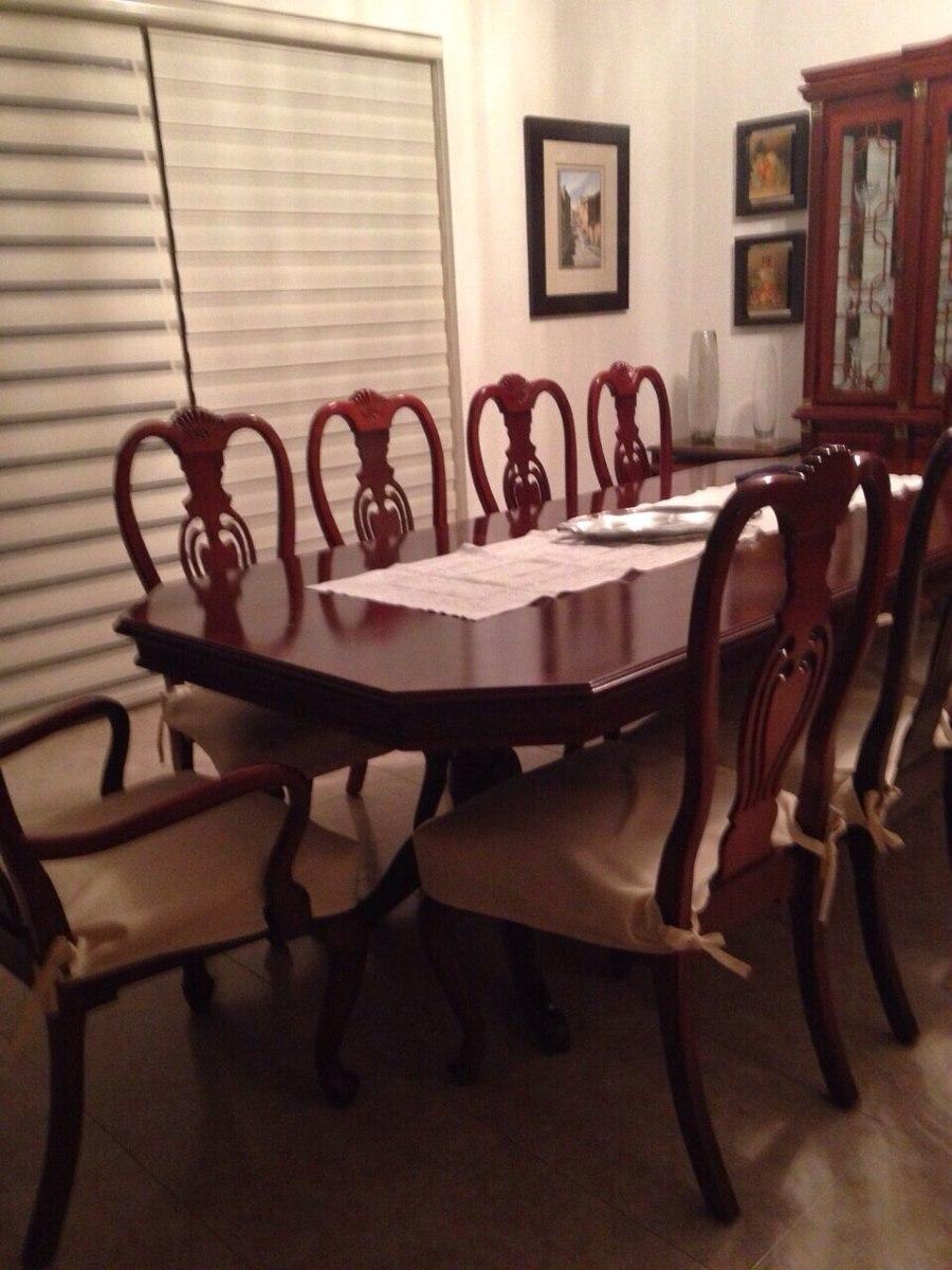 comedor de caoba de 10 sillas con vitrina y bufetero extra
