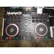 Consola Numark Mixtrack Pro Ii Dj Mixer Tornamesa Mezcladora