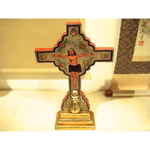 Cruz De Madera Con Cristo Pintado Orilla Roja