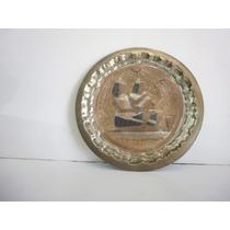 Plato De Bronce- Cobre Y Plata Con Figuras Egipcias
