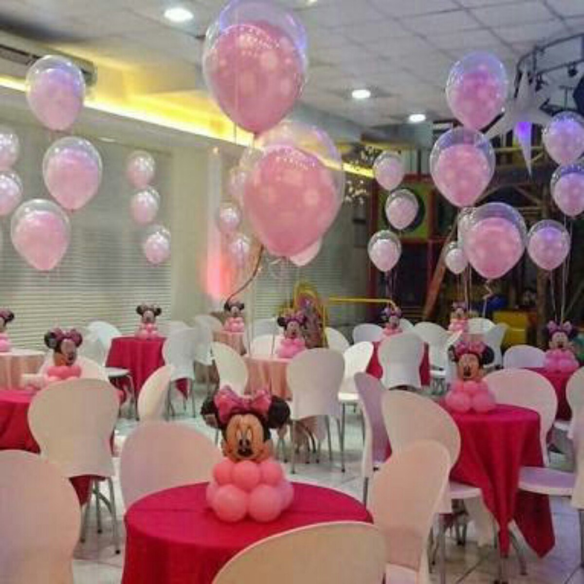 Decoraci n con globos mesa de dulces cumplea os xv a os bau toluca en mercado libre - Decoracion con globos 50 anos ...