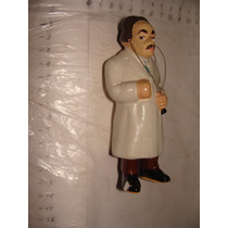 Antigua Figura Ceramica Medico , Con Detallitos Como Aparec