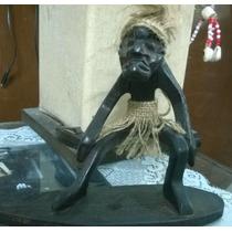 Figuras Africanas Talladas En Madera
