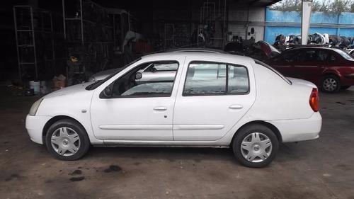 Deshueso Nissan Platina 06