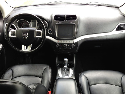 Divina Dodge Journey Sxt 5 Pasajeros 2012