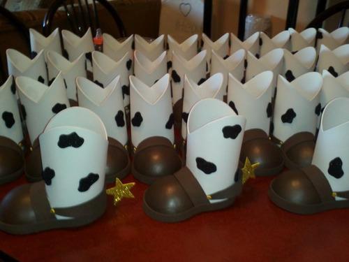 Dulceros Botas Y Sombreros Toy Story - $ 25.00 en MercadoLibre