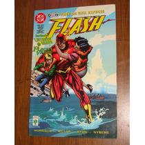 Flash Tres De Una Especie Flash Linterna Verde Y Flecha Verd
