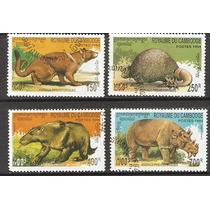 Estampillas De Dinosaurios De Camboya 1994