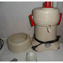 Extractor De Jugos Turmix C/accesorios Usado En $1,500.00