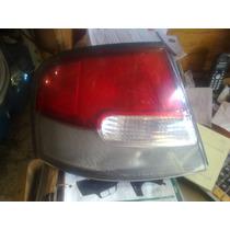 Calavera Izquierda Nissan Altima Modelo 1998-2001 Seminueva