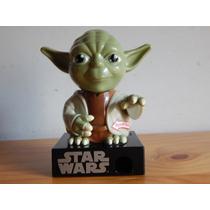 Star Wars Maestro Yoda Dispensador De Dulces Con Sonido