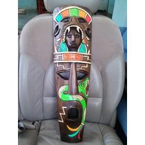 Mascaras Africanas Con Grabados De La Cultura Maya