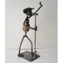 Musico Cantante Vocalista - Escultura Arte Recicle Artesania