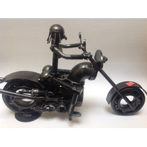 Moto Con Piloto Mujer Hecha De Metal / Fierro / Modelo 8