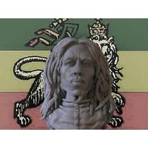 Bob Marley, Escultura De Resina, 17 Cm De Alto.