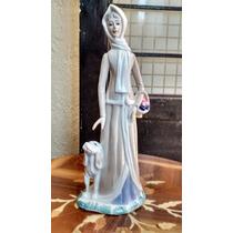 Dama Con Perro Figura De Porcelana Española