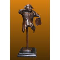 Escultura Bronce Torerito Con Toro