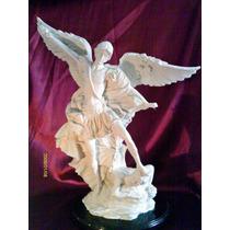 Arcangel San Miguel Resina Acabado Alabastro Bello Regalo