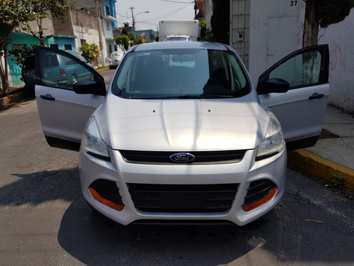 Ford Escape Se Aut. Srs. Elec. Rin 17 Mp3 2013