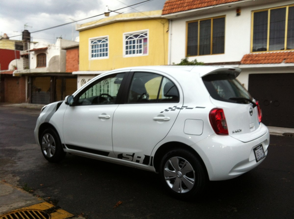 franjas calcomania nissan march sr 2014 Car Tuning