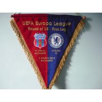 Banderin Chelsea Intercambiado En Juego Uefa Europa League